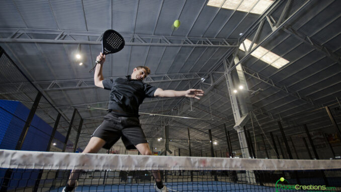 Padel in Lagerhalle